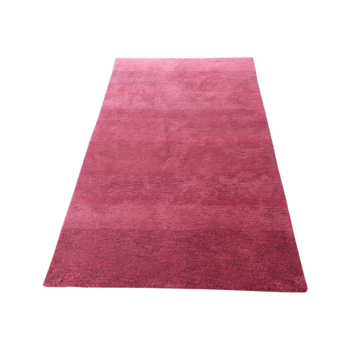 Qizil - the red indoor area rug